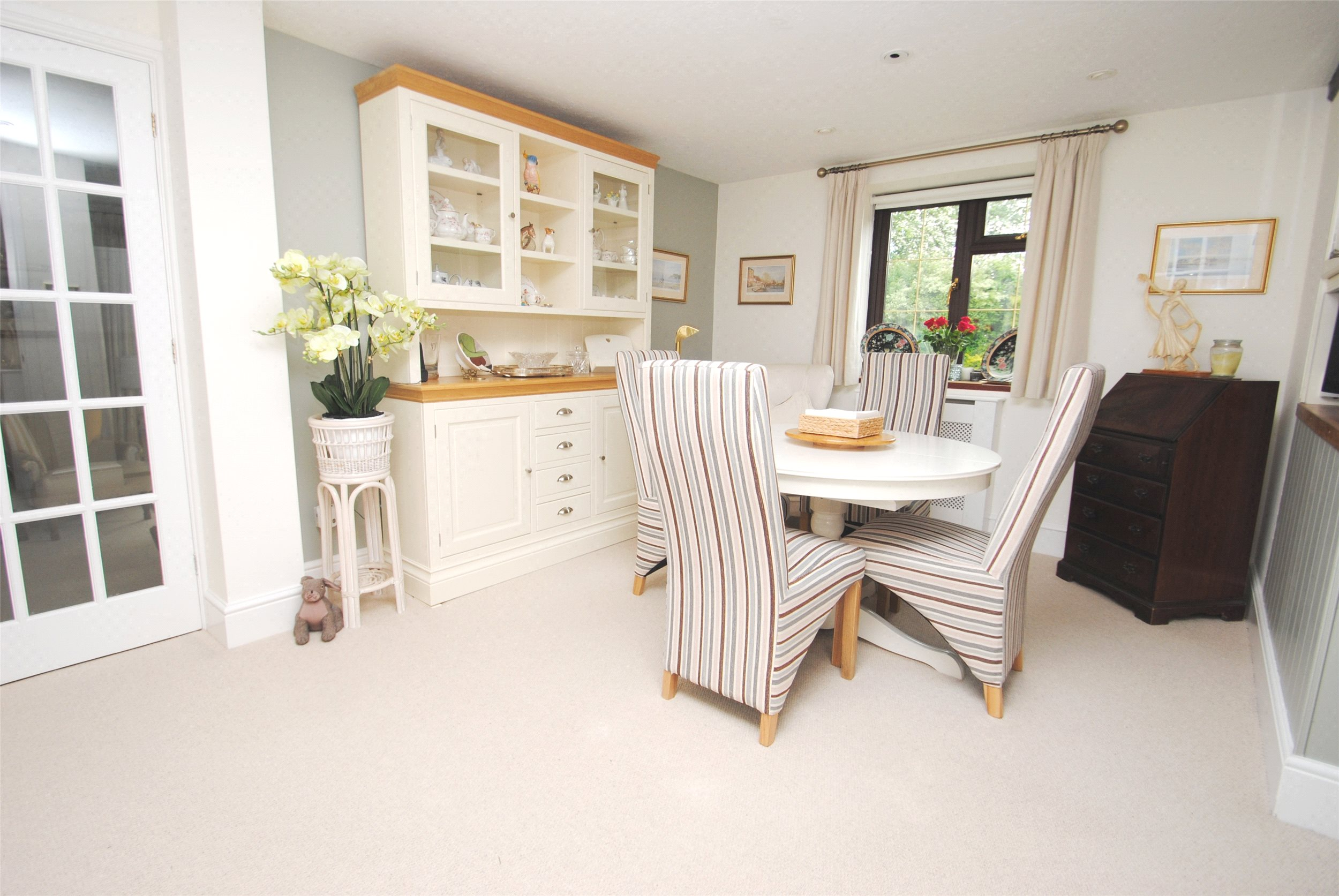 3 Bed Terraced House For Sale In Lambpark Court